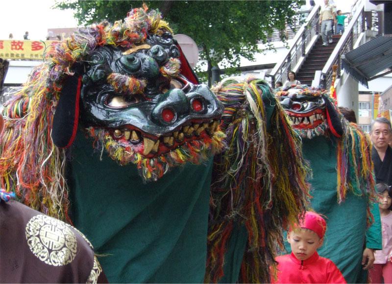 玉園町の獅子踊